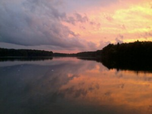 Sonnenuntergang bei der Frau am See Gudrun Hinkel
